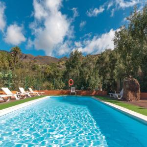 Hotel Pictures: Two-Bedroom Holiday home Santa Lucia with an Outdoor Swimming Pool 07, Santa Lucía