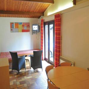 Hotel Pictures: Holiday Home Vill. de vacances Vencimont 2, Vencimont