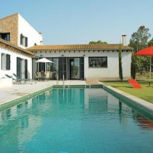 Hotel Pictures: Holiday home Pol. 8, Parc., Montuiri