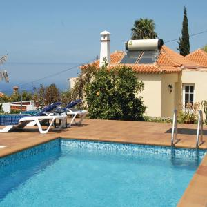 Hotel Pictures: Holiday home Calle Juan Del Valle II, Tijarafe