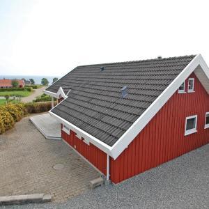 Fotos de l'hotel: Two-Bedroom Holiday home Sjølund with a room Hot Tub 01, Hejls