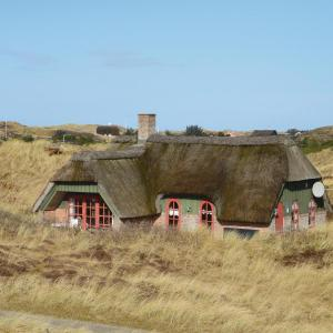 Hotel Pictures: Three-Bedroom Holiday Home in Ringkobing, Ringkøbing