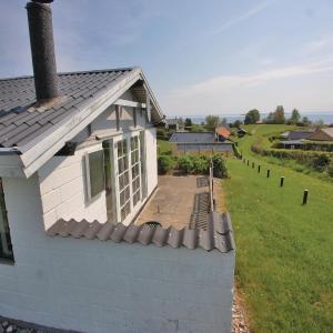 Hotel Pictures: Holiday home Stenvang Hejls, Hejls