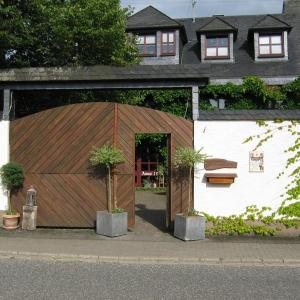 Hotel Pictures: Stierstall-Suite Pension Wahlenau, Wahlenau