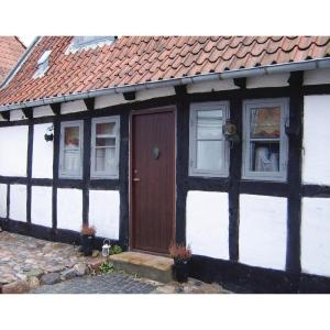 Hotel Pictures: Two-Bedroom Holiday home Aabenraa with a Fireplace 04, Aabenraa