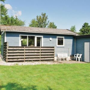 Hotel Pictures: Holiday home Farsø OP-1966, Hvalpsund
