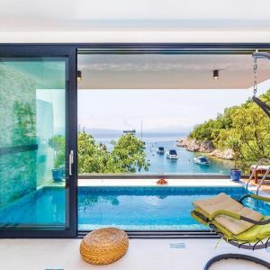 Hotellikuvia: Holiday Home Kostrena with Sea View 05, Kostrena