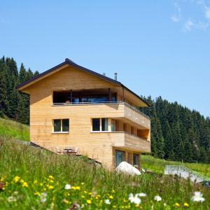 Zdjęcia hotelu: Schneeglöckle Appartements, Lech am Arlberg