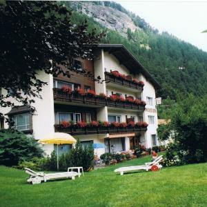 Hotel Pictures: Pension Grein, Pfunds