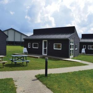 Hotel Pictures: Holiday home Halvejen hytte Spjald XII, Spjald