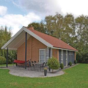 Hotel Pictures: Holiday home Slagelse with a Fireplace 323, Lille Kongsmark