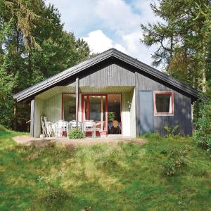 Hotel Pictures: Holiday home Alrum Tim IX, Tim