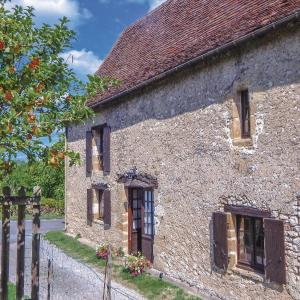 Hotel Pictures: Two-Bedroom Holiday Home in Auriac-du-Perigord, Auriac-du-Périgord
