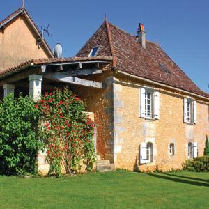 Hotel Pictures: Holiday Home Villamblard Chemin De Breuilh, Villamblard