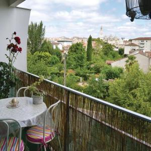 Hotel Pictures: Studio Apartment in Perigueux, Périgueux