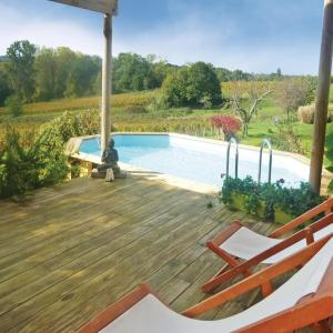 Hotel Pictures: Holiday home Mombrier with Outdoor Swimming Pool 333, Mombrier