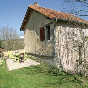 Hotel Pictures: Holiday home Rue de Chateau L-607, Grignols Dordogne