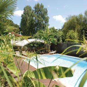Hotel Pictures: Holiday home La Bastide Clairence 42 with Outdoor Swimmingpool, Labastide-Clairence