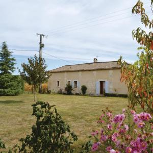 Hotel Pictures: Studio Holiday Home in Annesse et Beaulieu, Annesse-et-Beaulieu