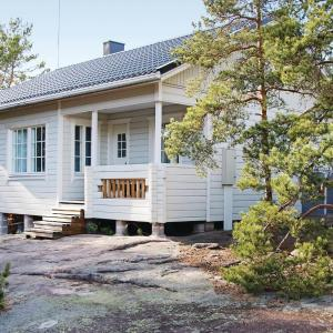 Hotel Pictures: Two-Bedroom Holiday Home in Korppo, Korppoo