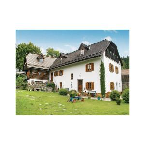Hotel Pictures: Holiday Home Prachatice with Fireplace 09, Prachatice
