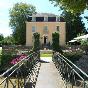 Hotel Pictures: Auberge Côté Rivière, Is-sur-Tille