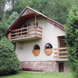 Hotel Pictures: Two-Bedroom Holiday Home in Zebrak, Žebrák