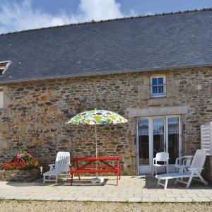 Hotel Pictures: Holiday home Doelan, Finistere I-694, Clohars-Carnoët
