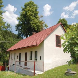 Hotel Pictures: Holiday Home Vlastejovice with Fireplace 05, Lažiště