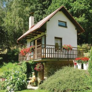 Hotel Pictures: Holiday Home Hradek-Novy Hradek with Fireplace 2041, Nový Hrádek