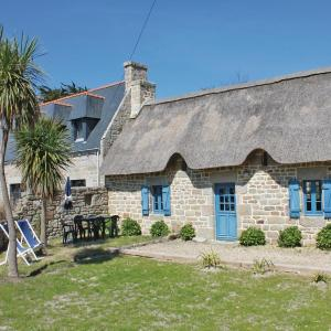 Hotel Pictures: Holiday Home Penmarc'h with Fireplace 07, Saint-Guénolé