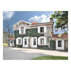 Hotel Pictures: Holiday home Hameau de Lavau K-714, Saint-Mars-de-Coutais