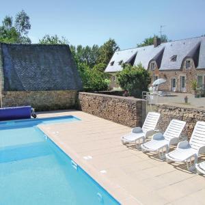 Hotel Pictures: Holiday home Languidic UV-1586, Languidic