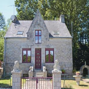 Hotel Pictures: Holiday home Morbihan M-725, Bignan