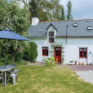 Hotel Pictures: Studio Holiday Home in Noyal-Pontivy, Noyal-Pontivy