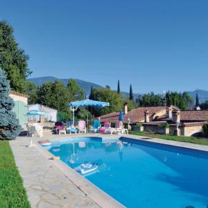 Hotel Pictures: Holiday home Grasse with Mountain View 371, Grasse