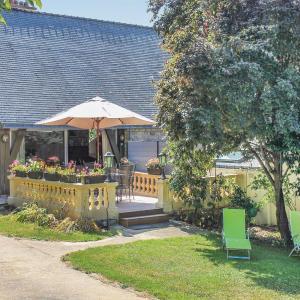 Hotel Pictures: Holiday Home St Ave Route De Meucon, Saint-Avé