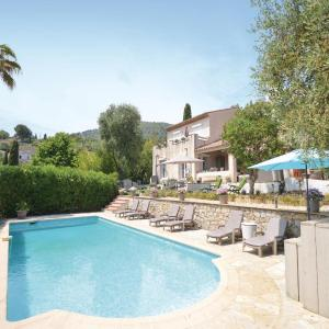 Hotel Pictures: Four-Bedroom Holiday Home in Le Tignet, Le Tignet