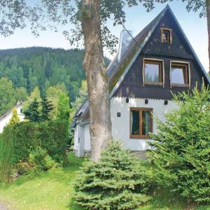 Hotel Pictures: Holiday home Stribrna, Kraslice