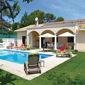 Hotel Pictures: Four-Bedroom Holiday home Roquefort les Pins 0 01, Roquefort-les-Pins