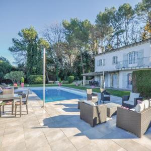 Hotel Pictures: Holiday Home Mougins with Fireplace II, Mougins