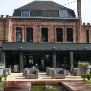 Hotel Pictures: Chambres d'hôtes La Cour des Grands, Saint-Nicolas