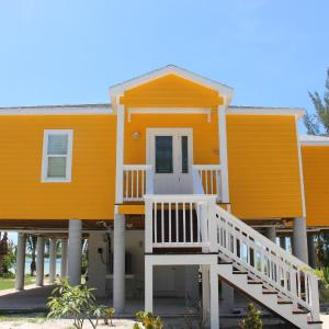 Hotel Pictures: Mango Beach House, Cherokee Sound
