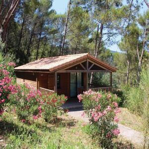 Hotel Pictures: One-Bedroom Holiday Home in Solies-Toucas, Solliès-Toucas