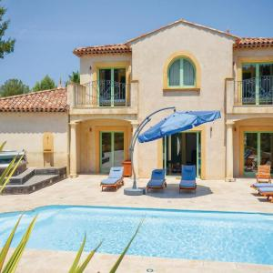 Hotel Pictures: Holiday Home Saint Raphael with Hot Tub I, Valescure