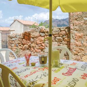 Hotel Pictures: Two-Bedroom Holiday Home in Piana, Piana