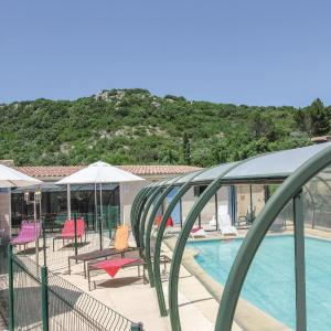 Hotel Pictures: Holiday home Route d´Orange, Rochefort-du-Gard