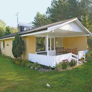 Hotel Pictures: Holiday home Bredfjedvej Rødby Denm, Kramnitse