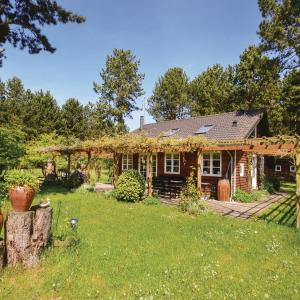 Hotel Pictures: Two-Bedroom Holiday Home in Rodby, Rødby