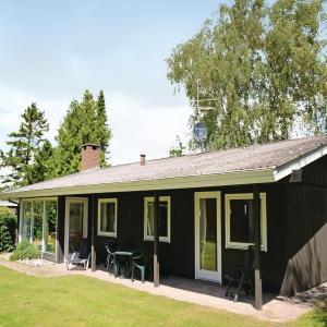 Hotelbilleder: Holiday home Strandskadevej Idestrup X, Bøtø